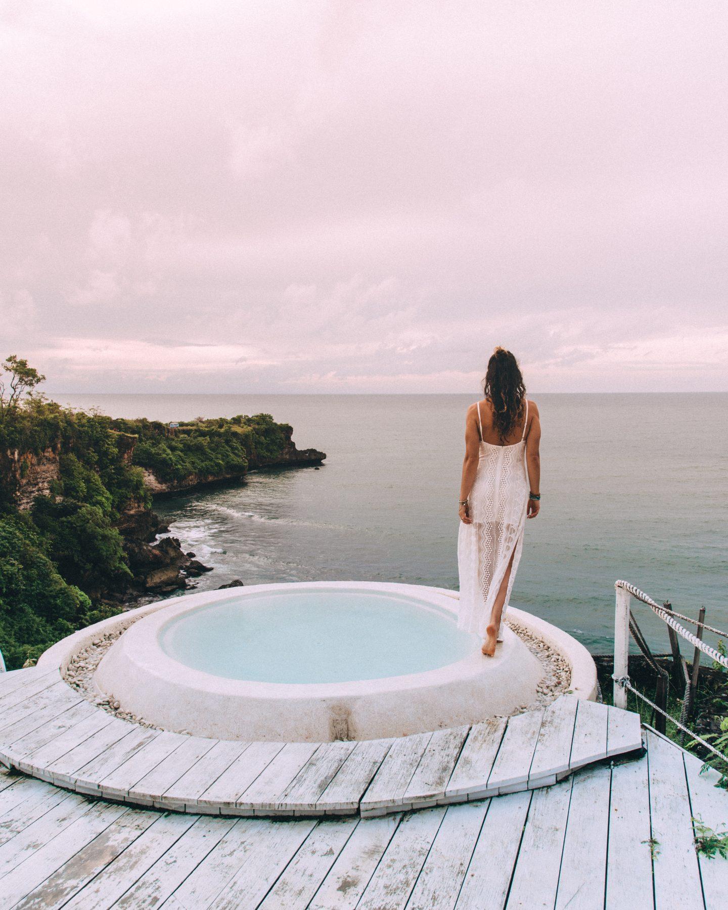 The hot tub at La Joya Biu Biu in Uluwatu Bali at sunset