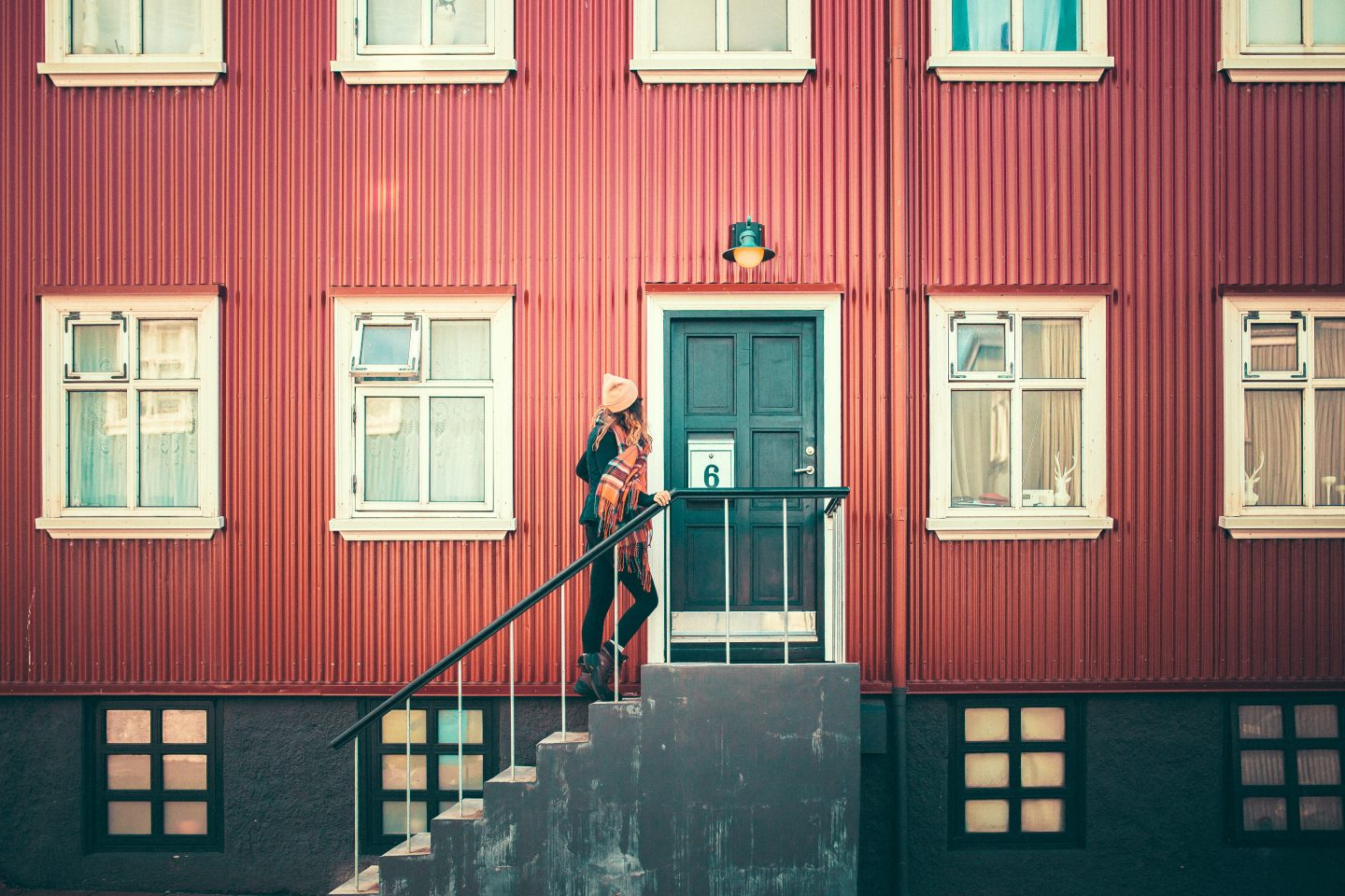 Walking around Reykjavik, Iceland | @lisahomsy | check out the blogpost on www.lisahomy.com