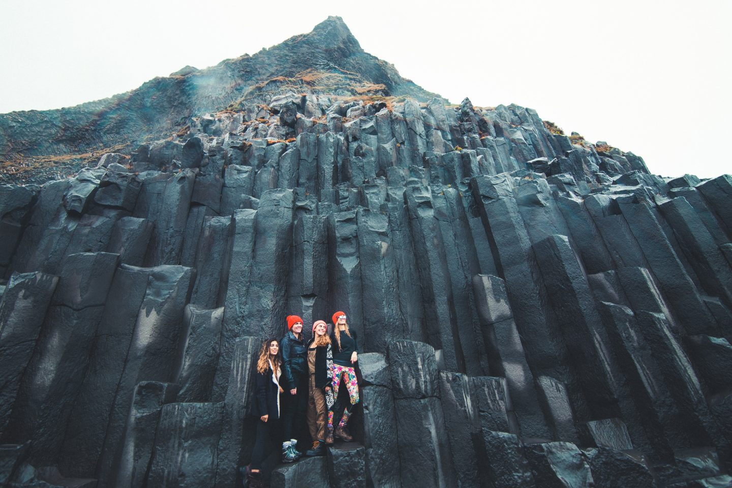 Basalt Columns on Reynisfjara Black Sand Beach, Iceland | @lisahomsy | check out the blogpost on www.lisahomy.com