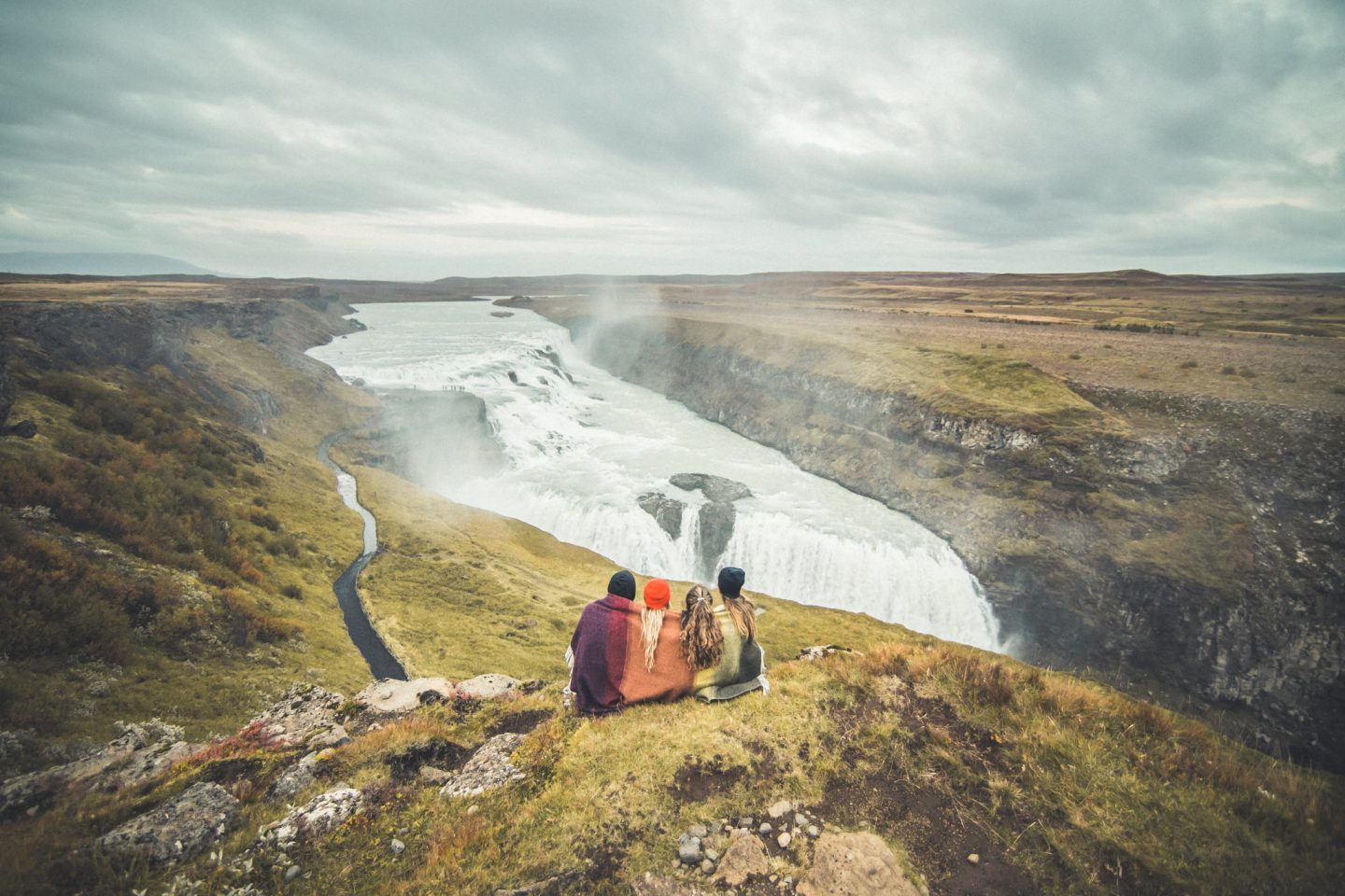 Gullfoss Waterfall, Iceland | @lisahomsy | check out the blogpost on www.lisahomy.com