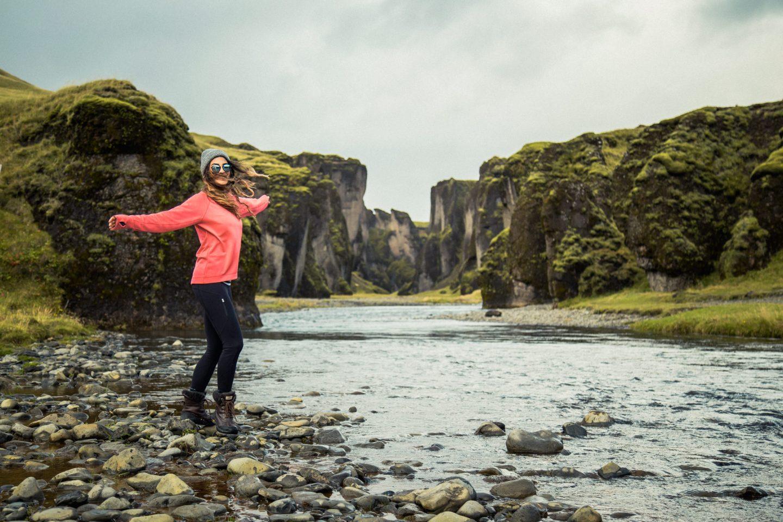 Fjadrargljufur Canyon | @lisahomsy | Check out the full blogpost on www.lisahomsy.com
