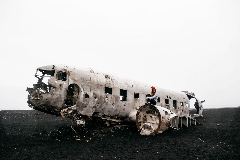 Solheimasandur Plane Wreck, Iceland | @lisahomsy | check out the blogpost on www.lisahomy.com