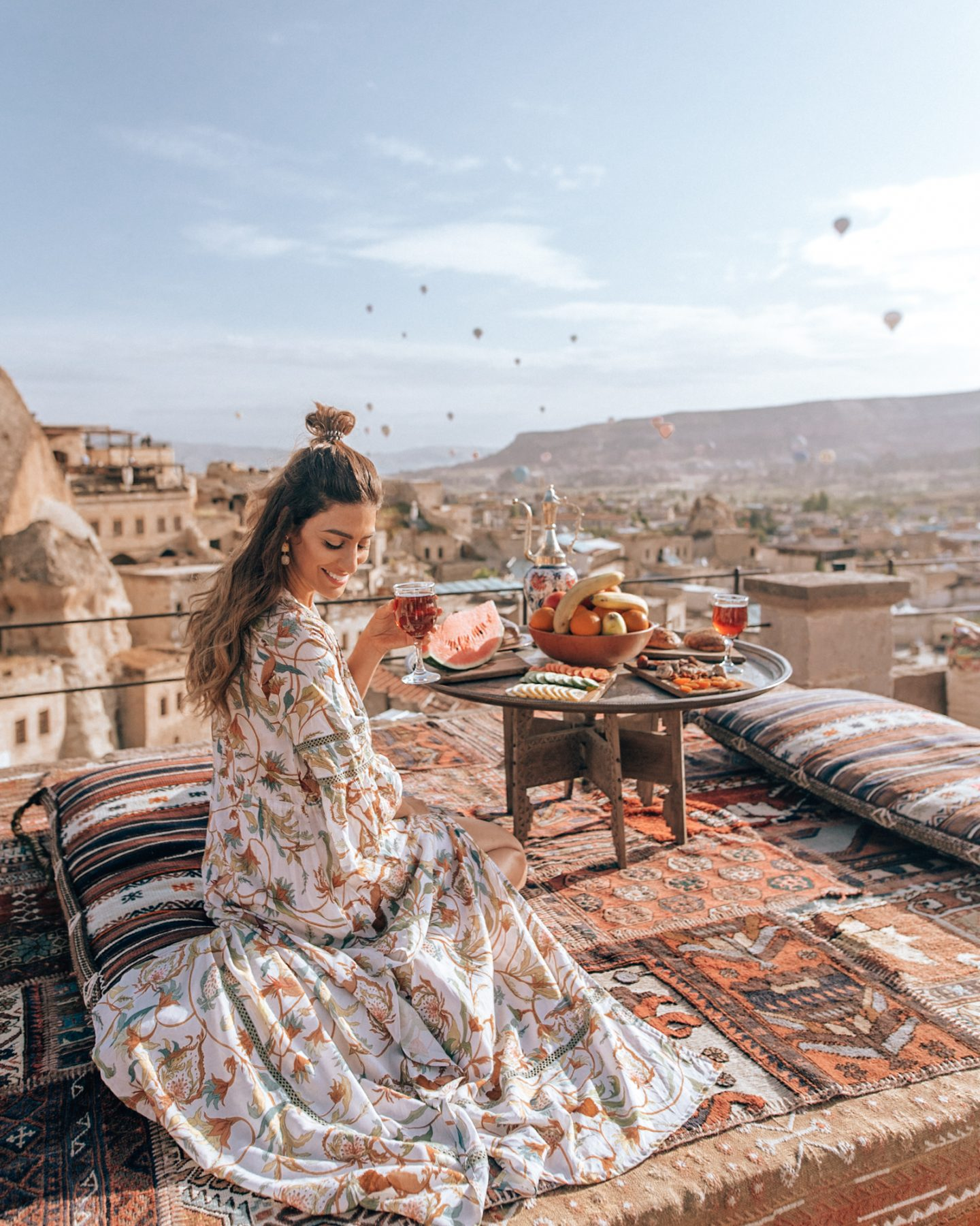 Enjoying breakfast and watching the hot air balloon sunrise in Cappadocia at Sultan Cave Suites