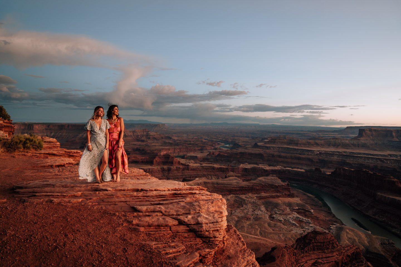 Mel Vandersluis and Lisa Homsy at Dead Horse Point in Utah