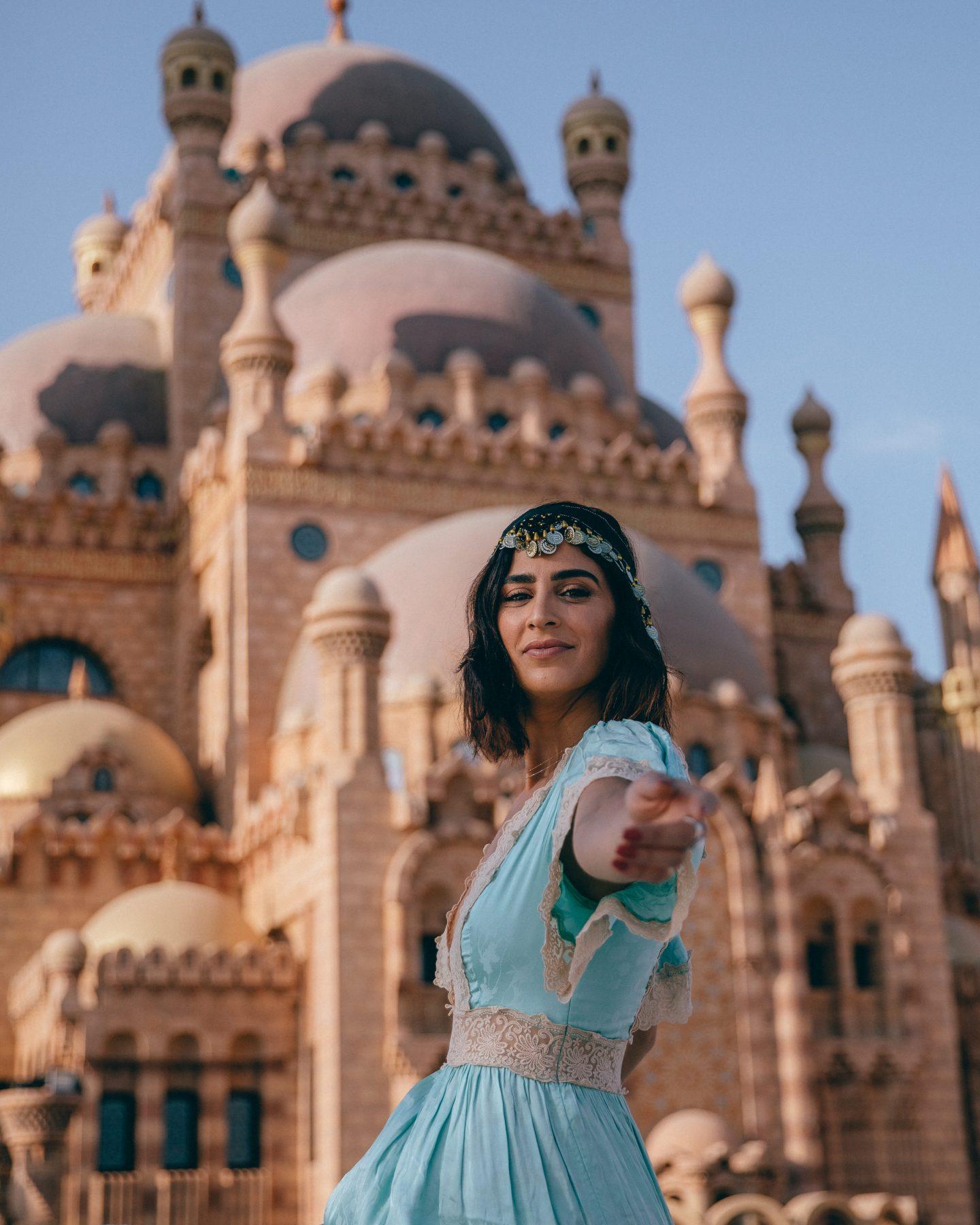 Lisa Homsy looking like Princess Jasmine in Egypt