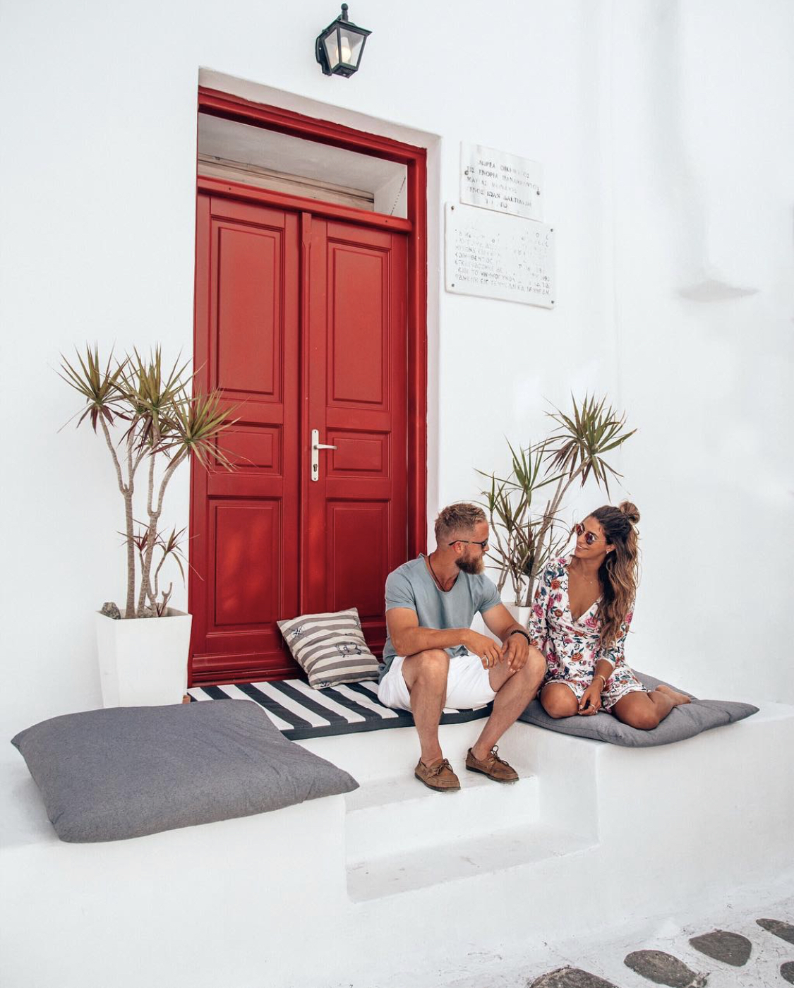 Couple on a couples getaway to Mykonos