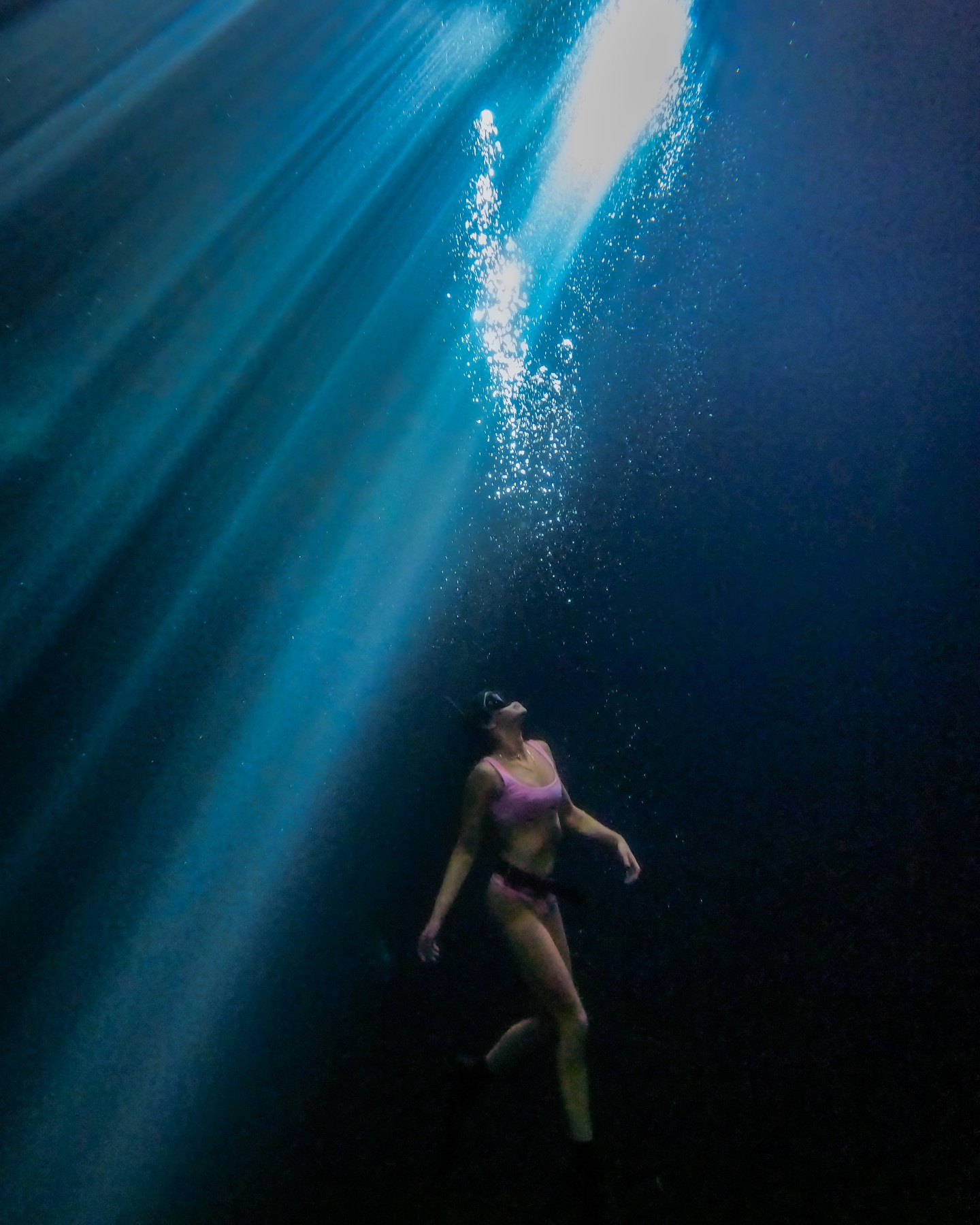 Kin-Ha Cenote Quintana Roo. This guide gives you tips for all of the best cenotes in Tulum and the best cenotes near Tulum including what to pack for the best Tulum cenotes and more. If you are looking for day trips from Tulum, check out the best cenotes in Quintana Roo and best cenotes in Yucatan for ideas! | Tulum cenotes photography | cenotes Mexico tulum | cenotes tulum riviera maya | best cenotes in quintana roo | cenotes quintana roo | cenotes in playa del carmen